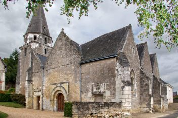 L'éŽglise Saint MéŽdard de Dierre.